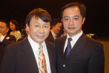 瑞凡科技总经理张洪泉与IDG全球高级副总裁熊晓鸽合影